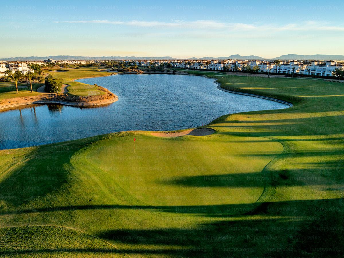 La-Torre-Golf-3-happy-swing
