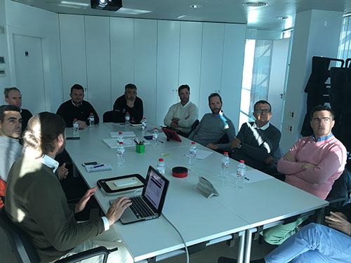Reunión con los Profesionales de la Región